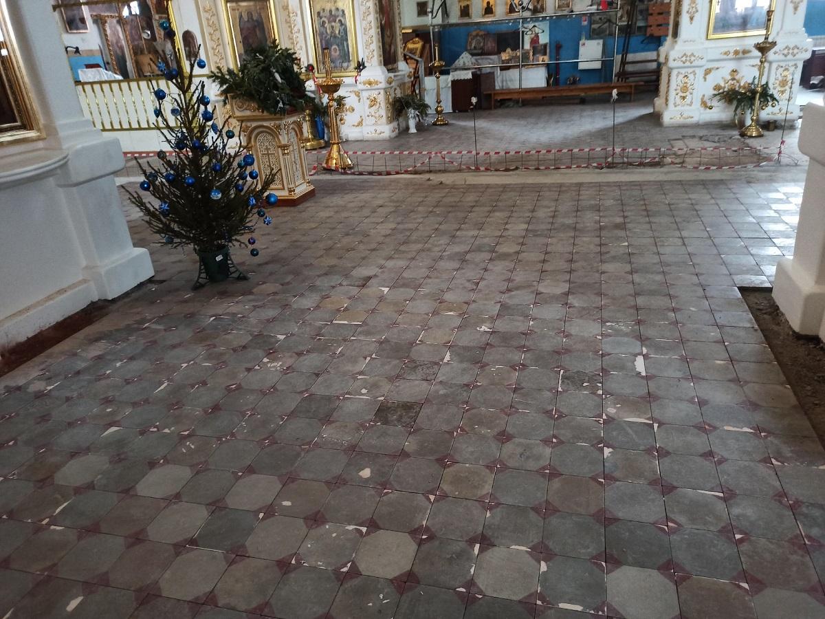 Процесс реставрации полов в храме Архангела Михаила (г.Самара)