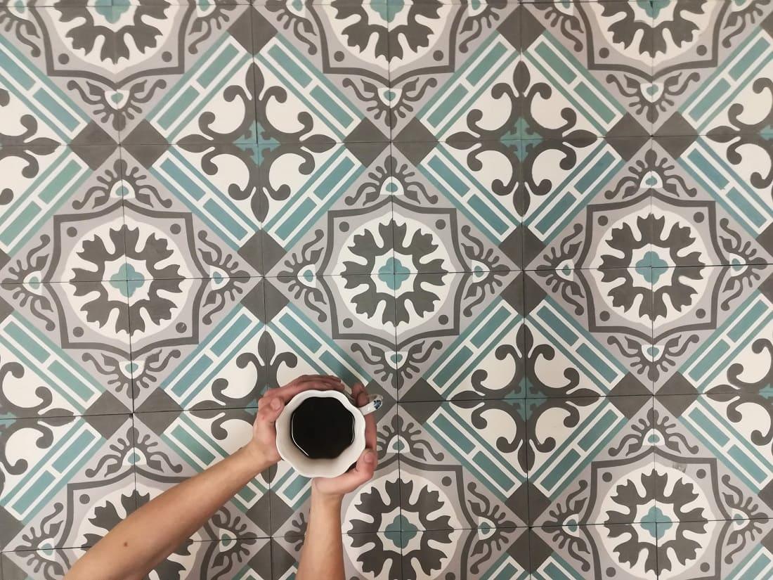 Квадратная цементная плитка в английском стиле. Коллекция Elegance (ele_01c1)