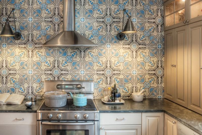 цементная плитка для кухонного фартука